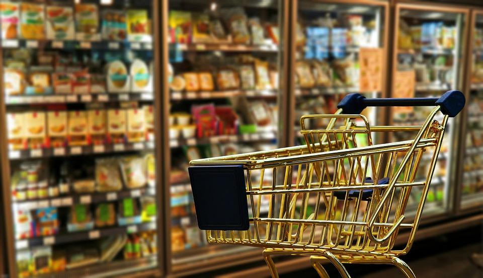 几张超市联名卡,一年可省不少钱